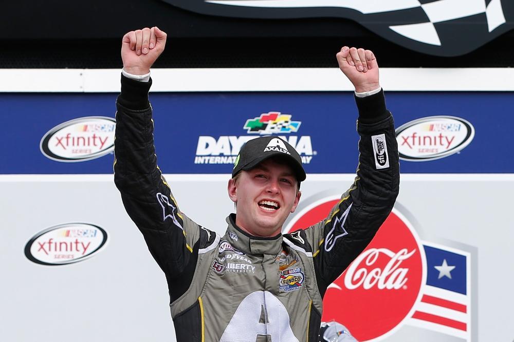 Ricky Stenhouse Jr wins wild race for Roush Fenway — Daytona NASCAR