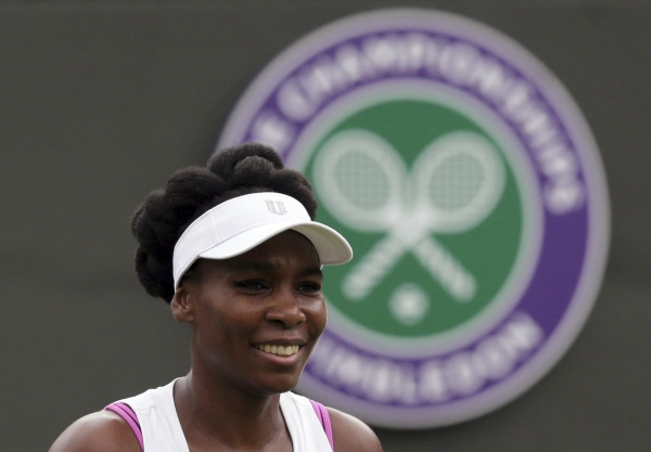 Venus Williams : Devastated star sobs over fatal auto crash