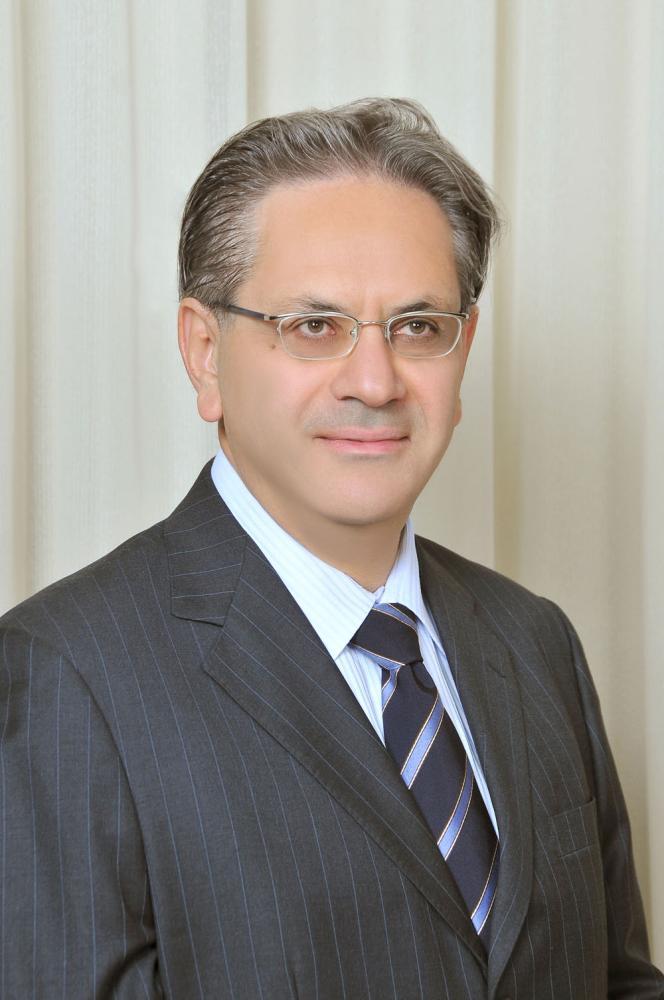 Dr Robert Eid