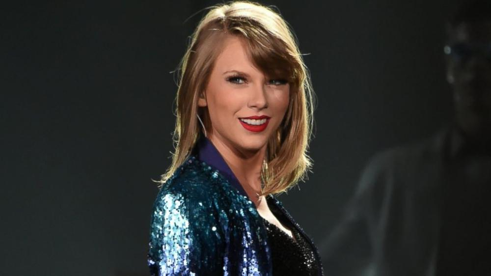 T Swift Uploads Mysterious Instagram Post After Expunging All Social Media