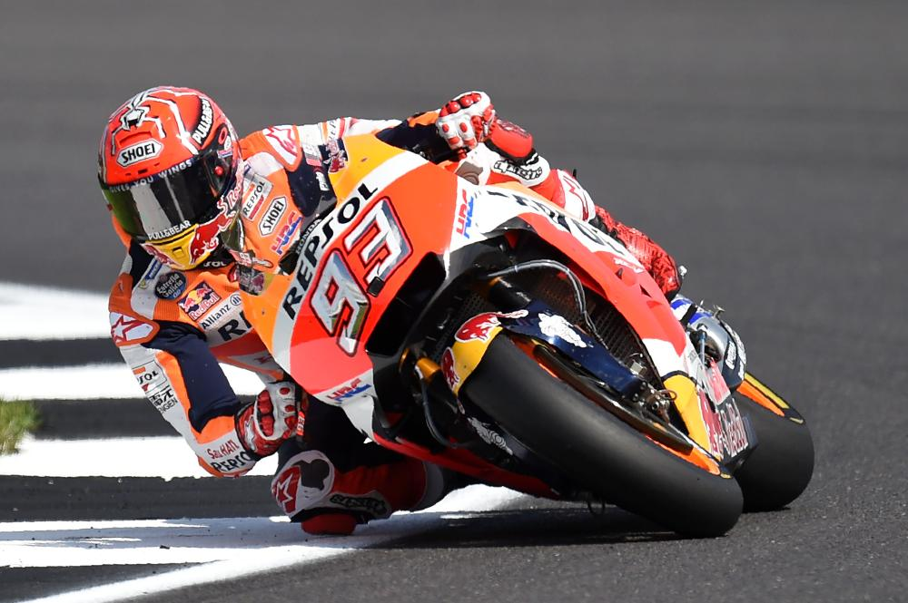 Dovizioso wins as title rival Marquez retires