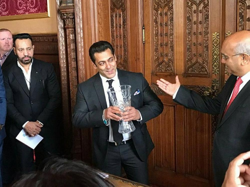Salman Khan honoured by UK's House of Commons with award