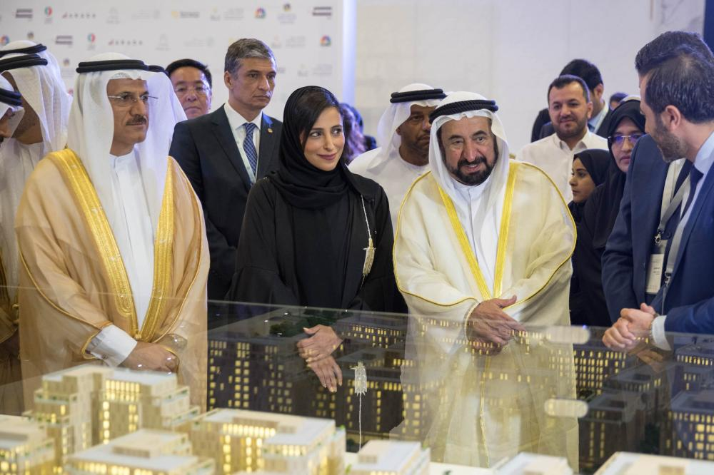 Dr. Sheikh Sultan Bin Mohammed Al Qasimi, Supreme Council Member and Ruler of Sharjah, Sultan bin Saeed Al Mansouri, UAE Minister of Economy, Sheikha Bodour Bint Sultan Al Qasimi, Chairperson of Shurooq  and other senior officials  tour the gallery of the exhibition after the FDI opening ceremony.