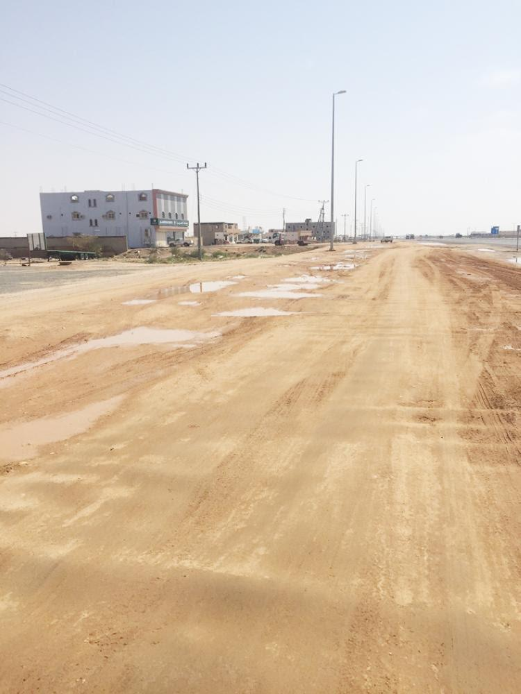 Ateef's unpaved roads have been spreading dust causing various pulmonary diseases. — Okaz photo