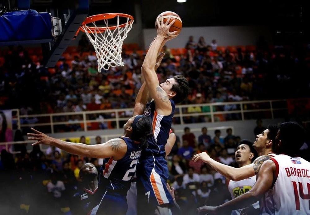 Meralco takes 2-0 semis lead with demolition of Star