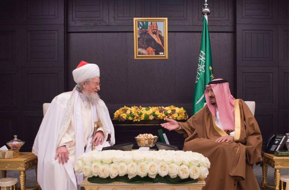Custodian of the Two Holy Mosques King Salman receives  Grand Mufti of the Central Religious Department for Russia's Muslims Sheikh Tala'at Tajjuddin — SPA