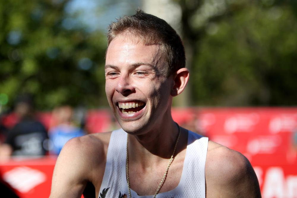 American Galen Rupp wins men's 2017 Chicago Marathon