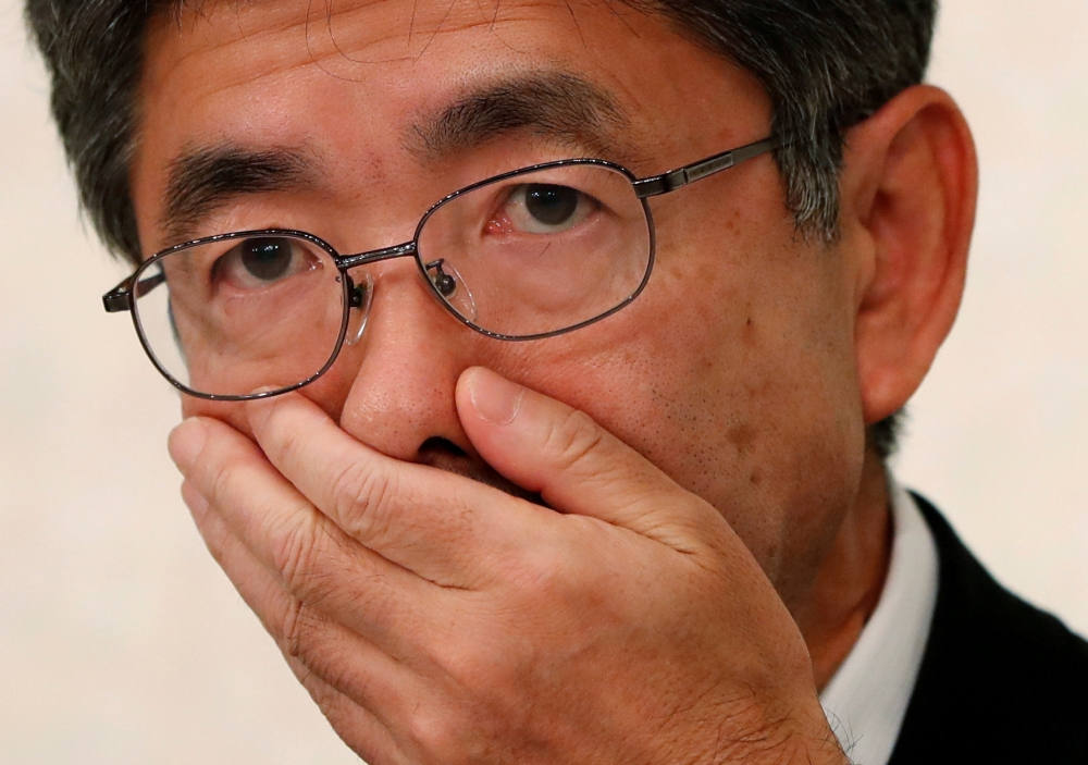 Kobe Steel Executive Vice President Naoto Umehara attends a news conference in Tokyo, Japan, Friday. — Reuters