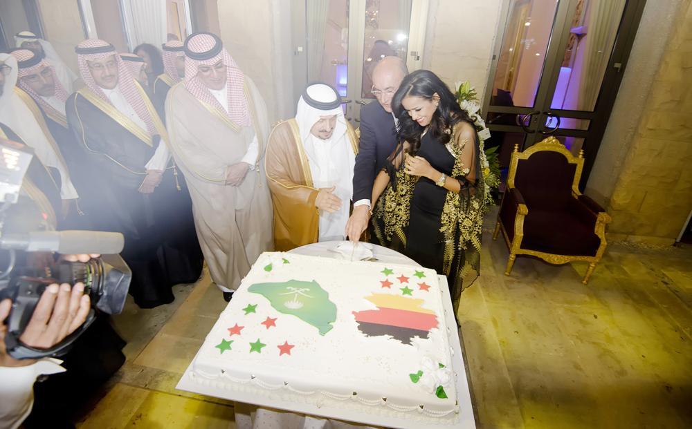 Riyadh Governor Prince Faisal Bin Bandar and German Ambassador Dieter W. Haller and his wife Nissrine Zarrab-Haller cut the ceremonial cake. — Courtesy photos