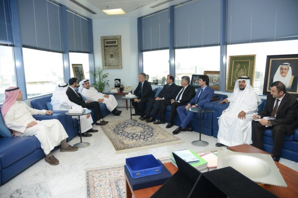 Tajikistan delegation and Saudi businessmen meet at the Jeddah Chamber of Commerce and Industry on Tuesday
