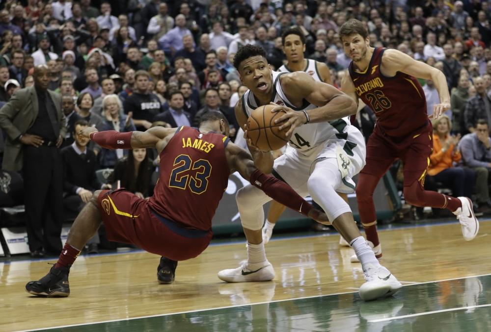 Bucks hold off LeBron's 39, Cavs comeback attempt 119-116