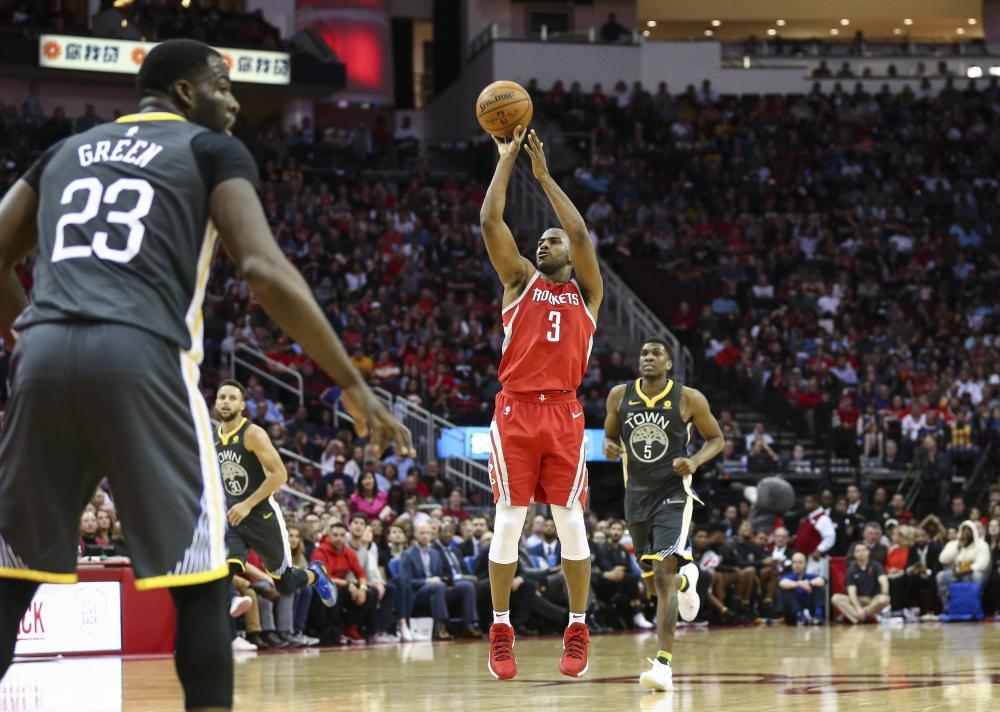 Paul scores 33 as Rockets snap Warriors' road win streak