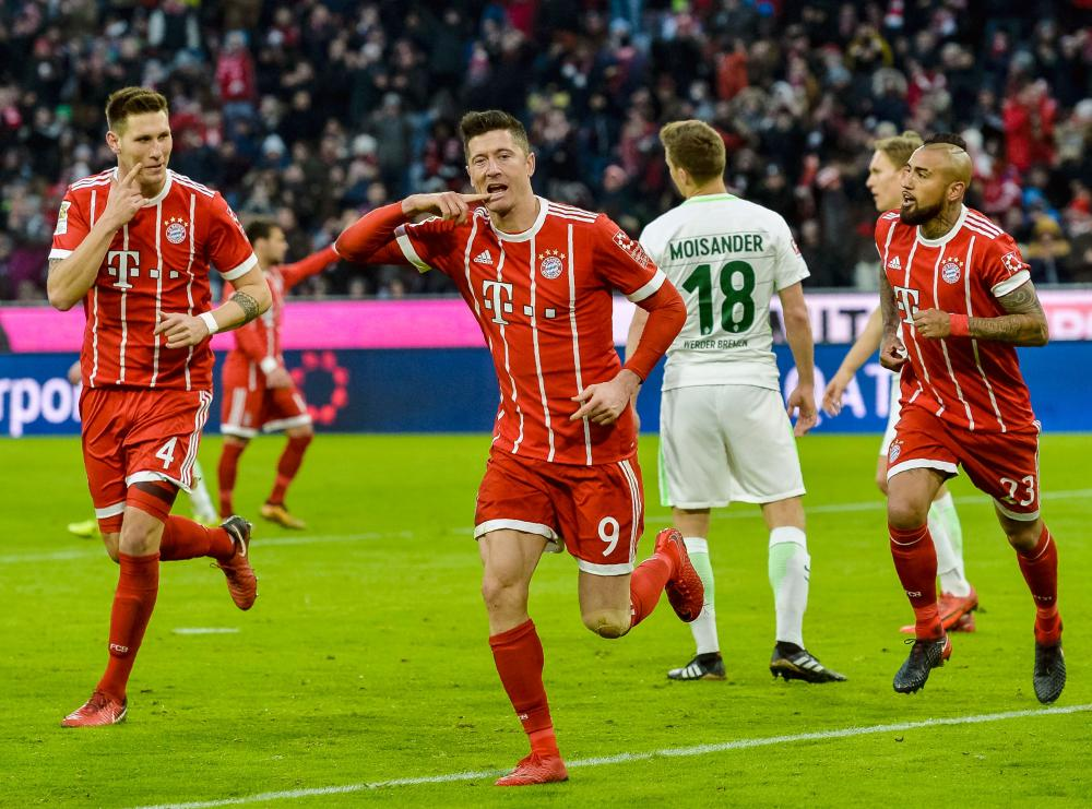 Mueller's 100th Bundesliga purpose as Bayern will get 16-point lead