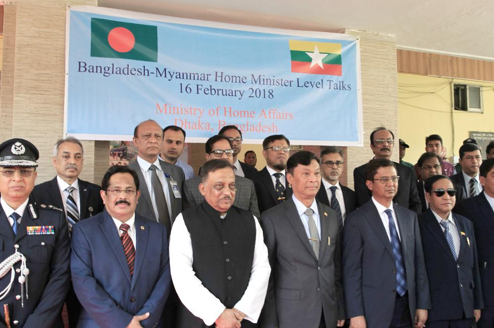Bangladesh hands over Myanmar list of 8000 Rohingya refugees for repatriation