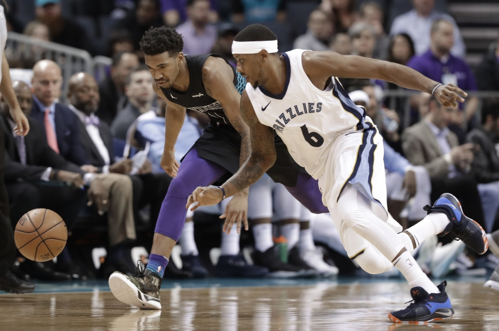Kemba Walker scores 46 in 28 minutes as Hornets win by 61