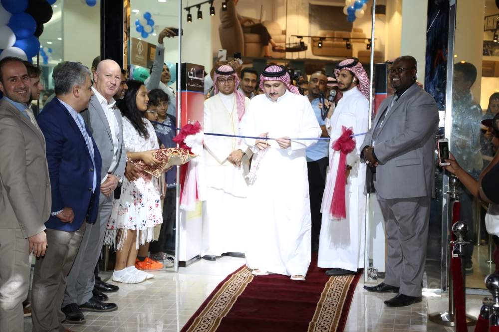 CEO of Yousef Mohammed Naghi Group  Ammar Naghi  cuts the ribbon on the occasion of the opening of EDDY showroom in Jeddah