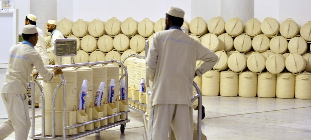 The Grand Mosque has about 660 Zamzam drinking stations in addition to about 25,000 containers to provide Zamzam water. — SPA