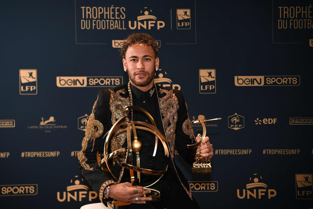 Neymar named Ligue 1 Player of the Year as PSG dominate awards