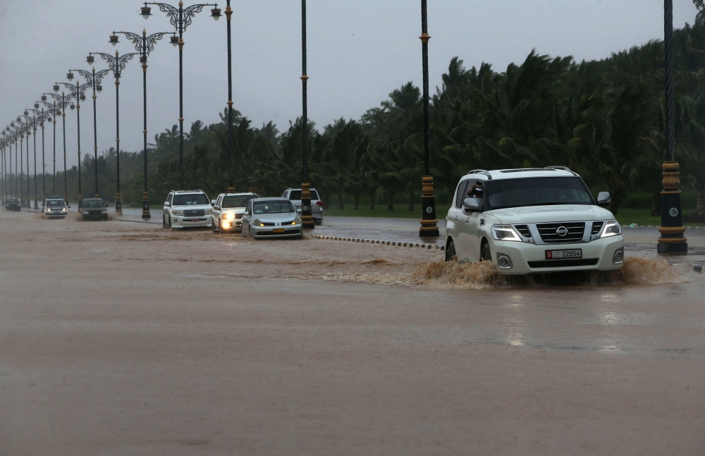Cyclone toll in Oman, Yemen rises to 11