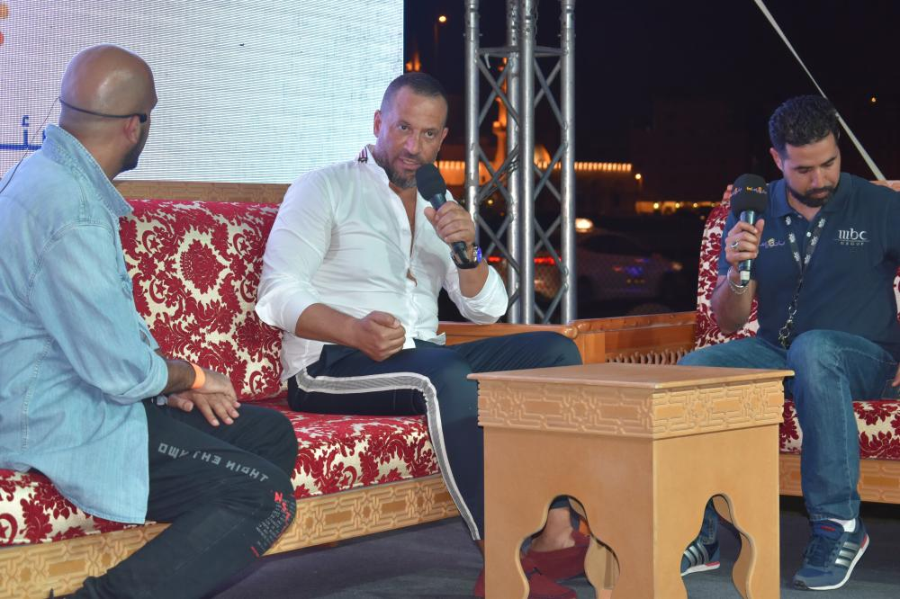 Egyptian Actor Majed Al-Masri speaking to his Saudi fans during the event.