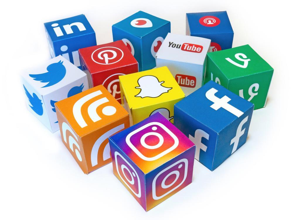 Terror groups take their battleto social media