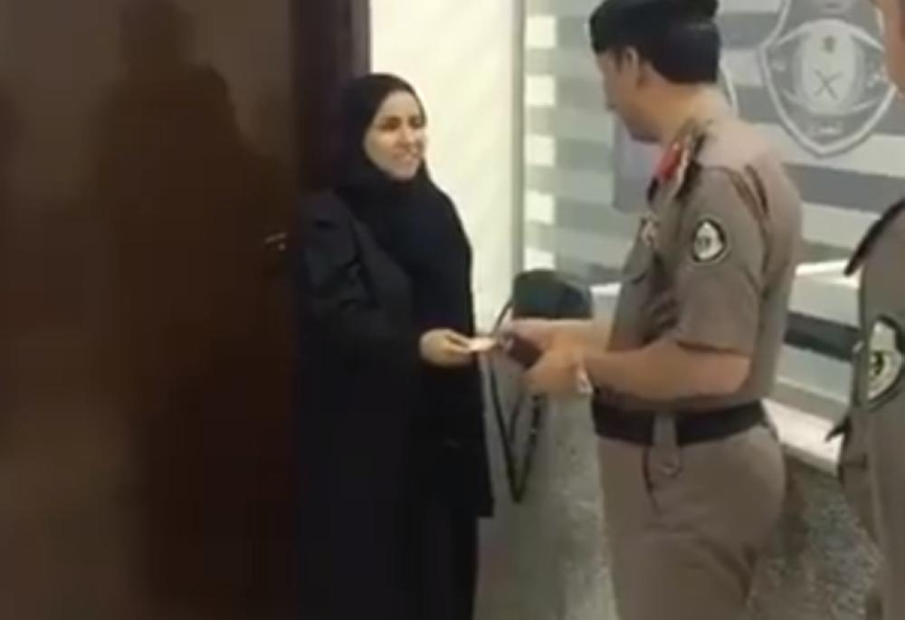 First Saudi women receive drivers licenses amid crackdown