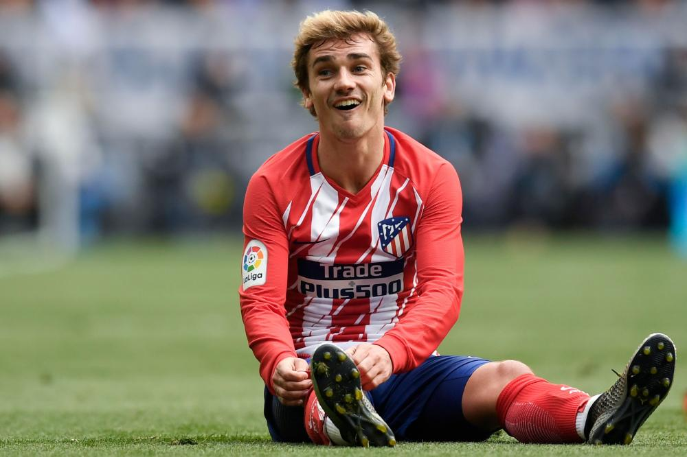 Gerard Pique sends message to Antoine Griezmann following Barcelona snub