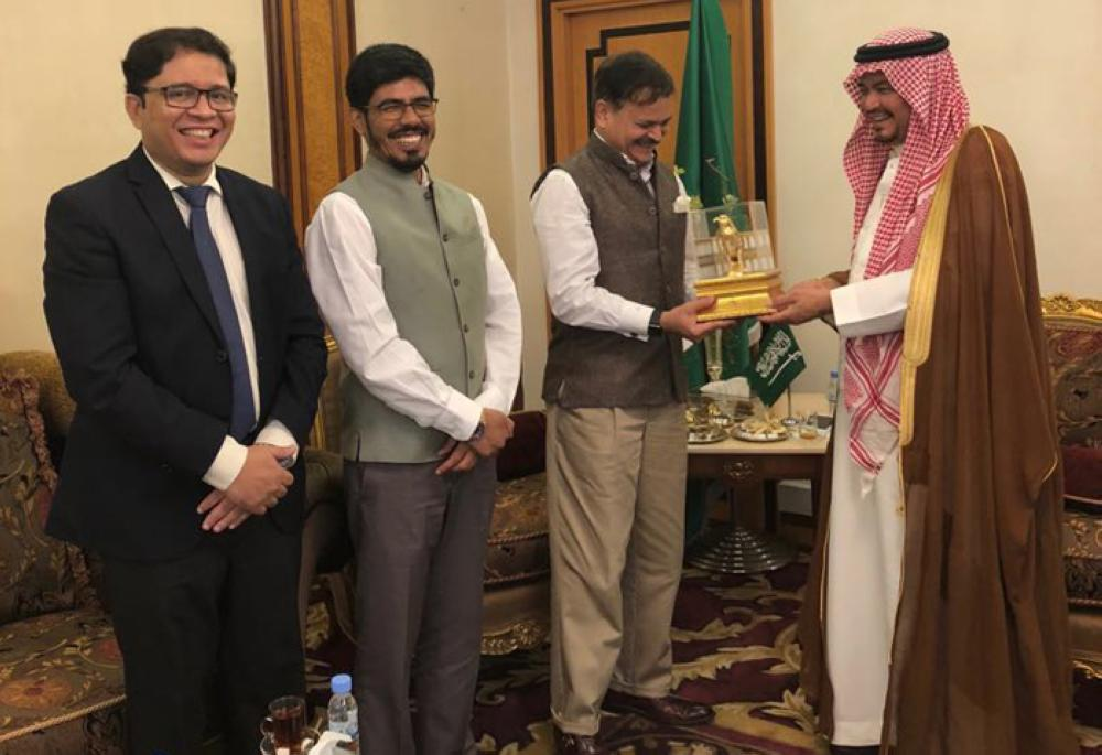 Minister of Haj and Umrah Muhammad Saleh Benten receiving Indian Ambassador Ahmad Javed, Consul General Mohammed Noor Rahman Sheikh, and Deputy Consul General and Haj Consul Mohammed Shahid Alam at his office in Jeddah on Thursday. — Courtesy photo