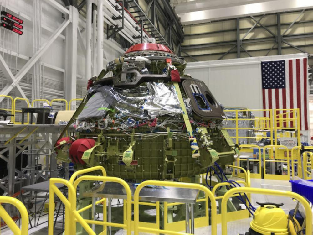 Engine flaw delays Boeing test of crew capsule to 2019