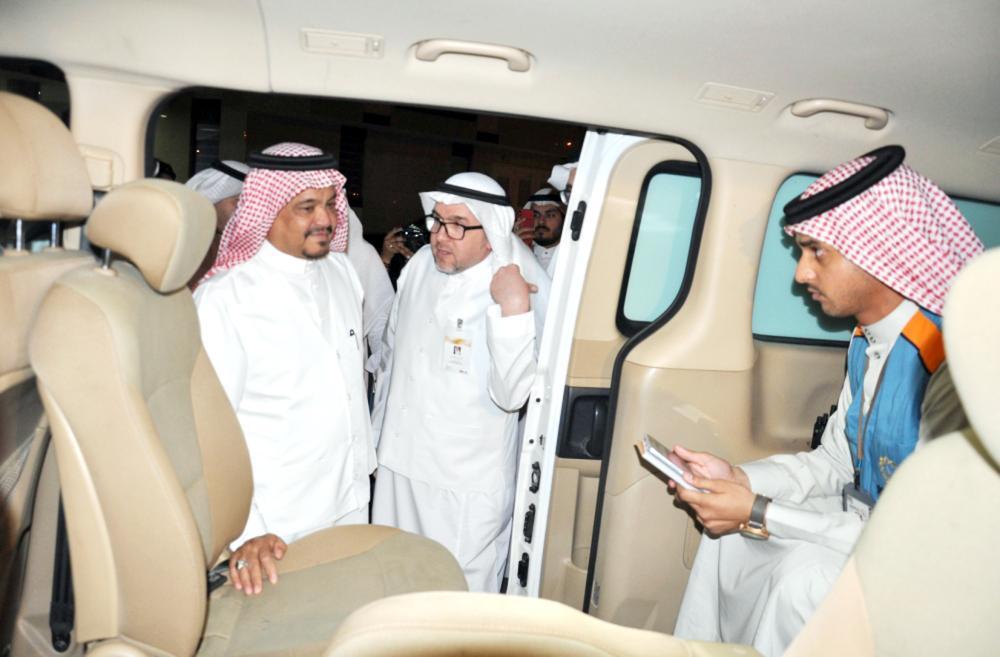 Minister of Haj and Umrah Mohammed Saleh Benten inspects the Haj arrangements in Madinah.