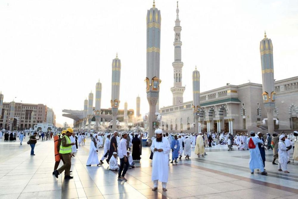 Pilgrims Leave Makkah For Madinah To Visit Prophet S Mosque Saudi