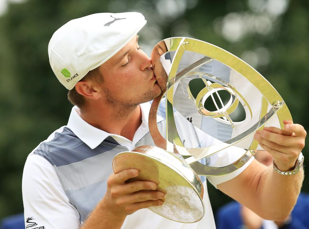 DeChambeau claims four-stroke win in FedEx Cup opener