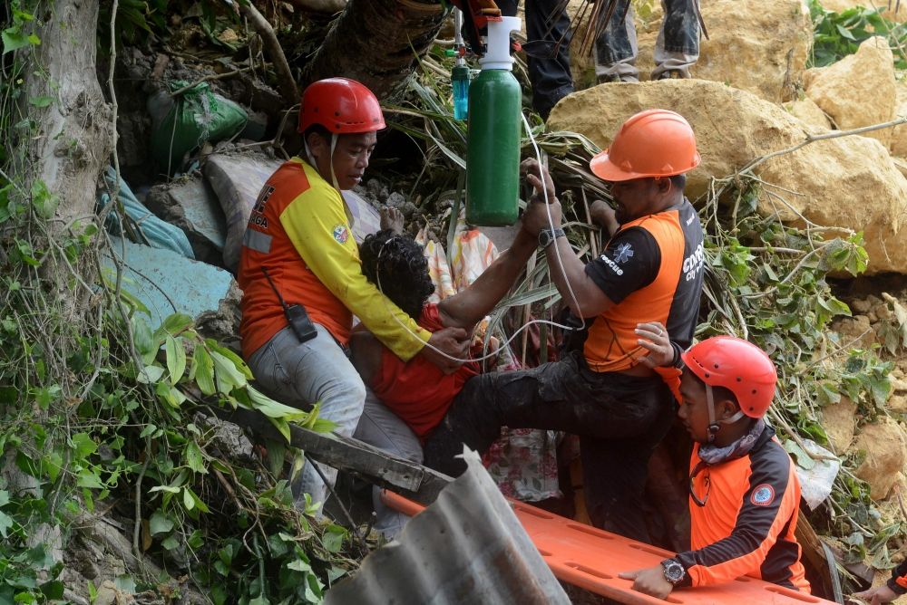 Death toll from landslide in Philippines rises to 29