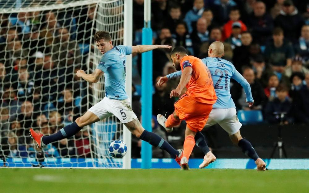 Man City Suffers Surprise Home Loss To Lyon Saudi Gazette