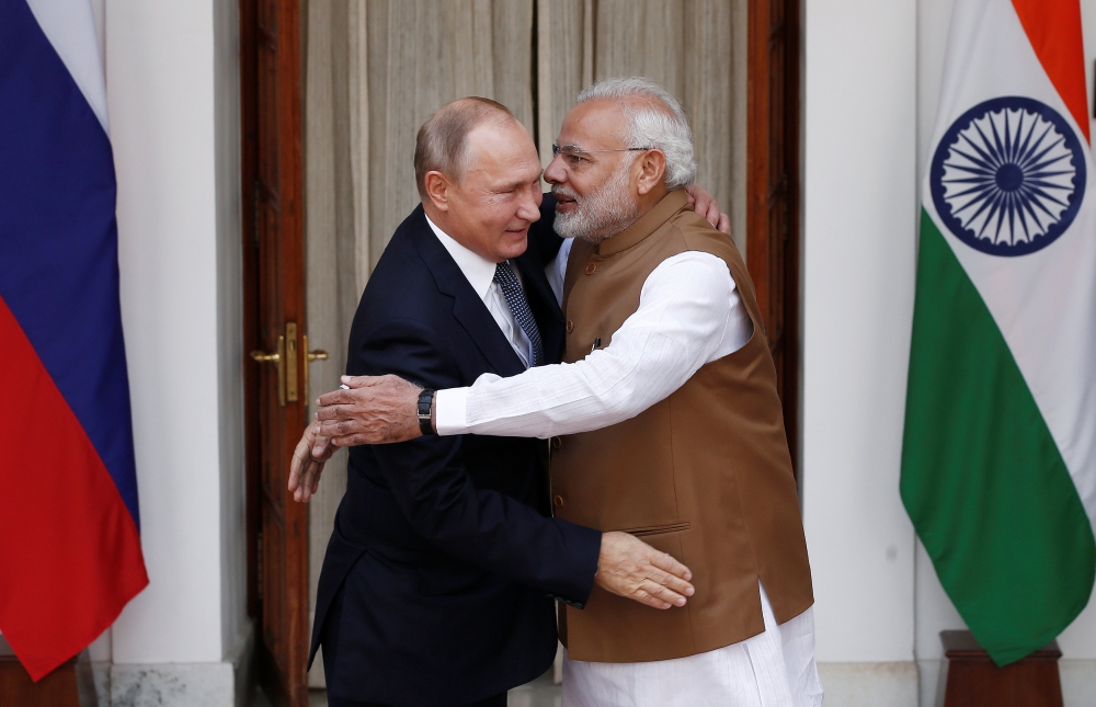 India, Russia sign $5.43 billion S-400 missile deal