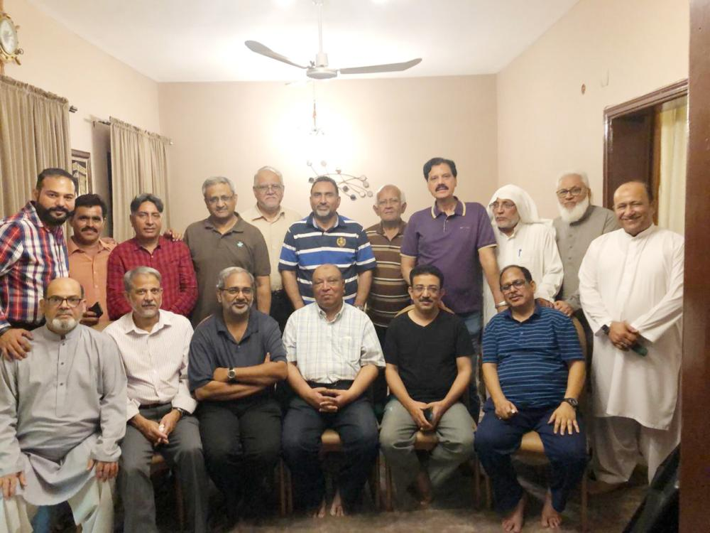 Group Photo of the participants with Absar Syed, sitting 4th from left.