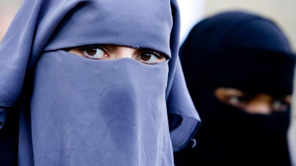 Most Algerian women do not wear the niqab, but the decision is likely to criticized by Algeria's Salafists minority. — File photo