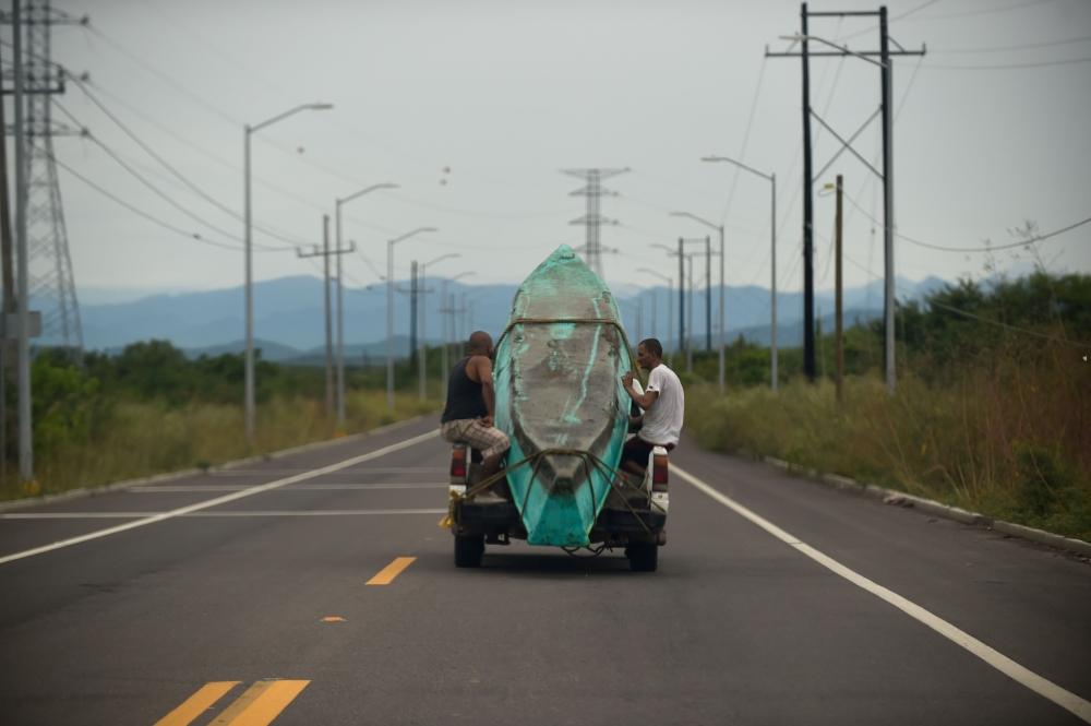 Mexico's Pacific coast residents prepare for Hurricane Willa