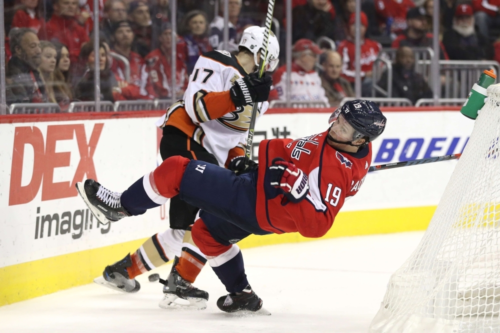 Ducks erase four-goal deficit, end Capitals' streak — Sunday's National Hockey League  roundup