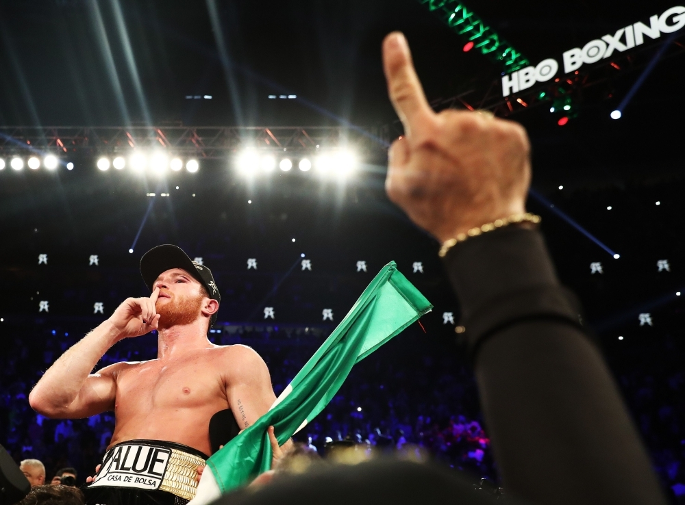 Canelo outclasses Fielding by third-round TKO
