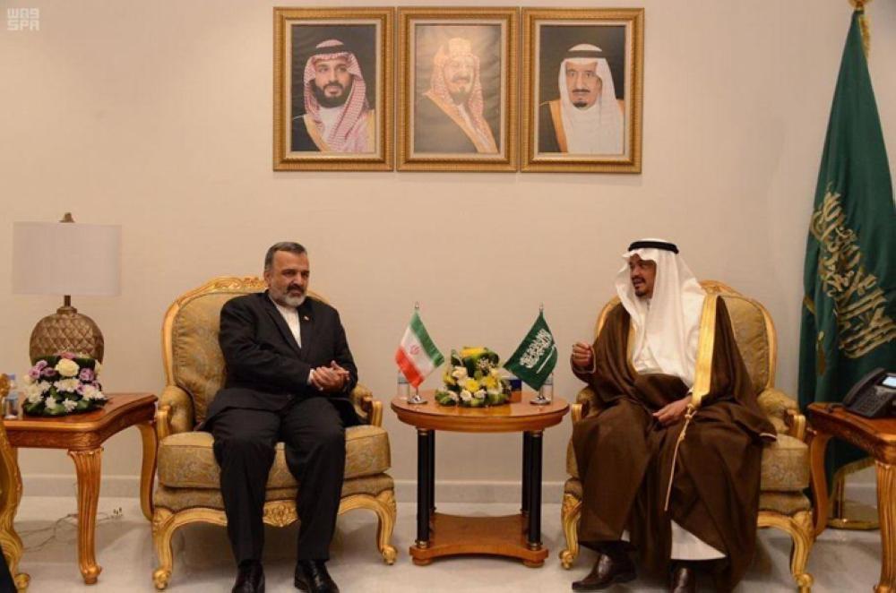 Minister of Haj and Umrah Muhammad Benten holds talks withAli Riza Rasheed, head of the Iranian Haj and Visit Organization, at his office in Makkah on Tuesday.-SPA