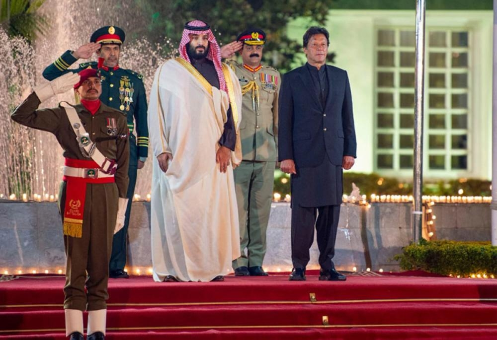 Crown Prince, Pakistan PM oversee signing of pacts worth $20 billion