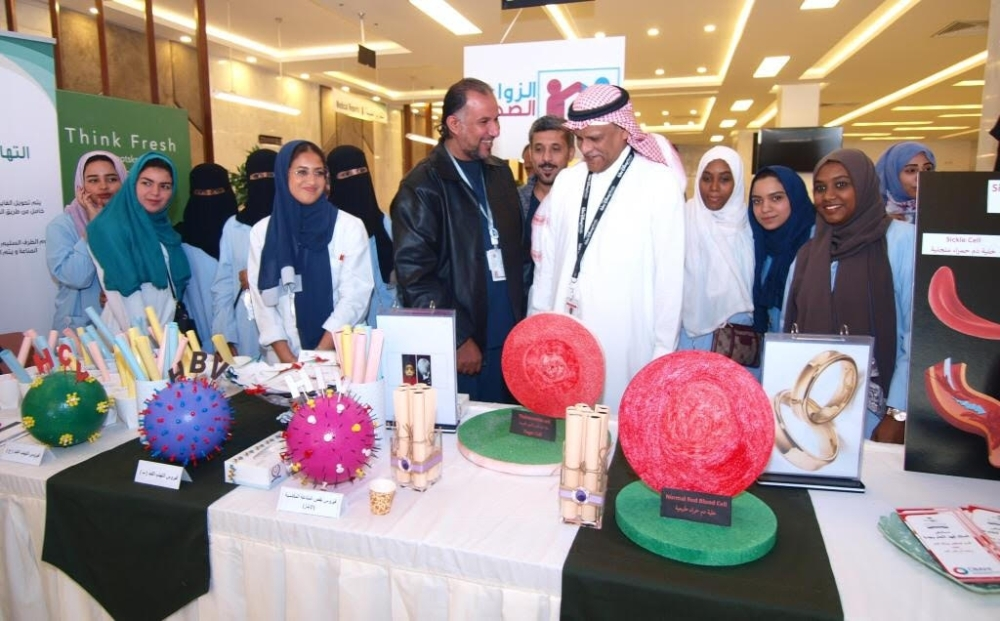 Dr. Abdul Rahman Baksh, director of King Fahd Hospital, during the launch of the healthy marriage awareness campaign in Jeddah on Thursday.