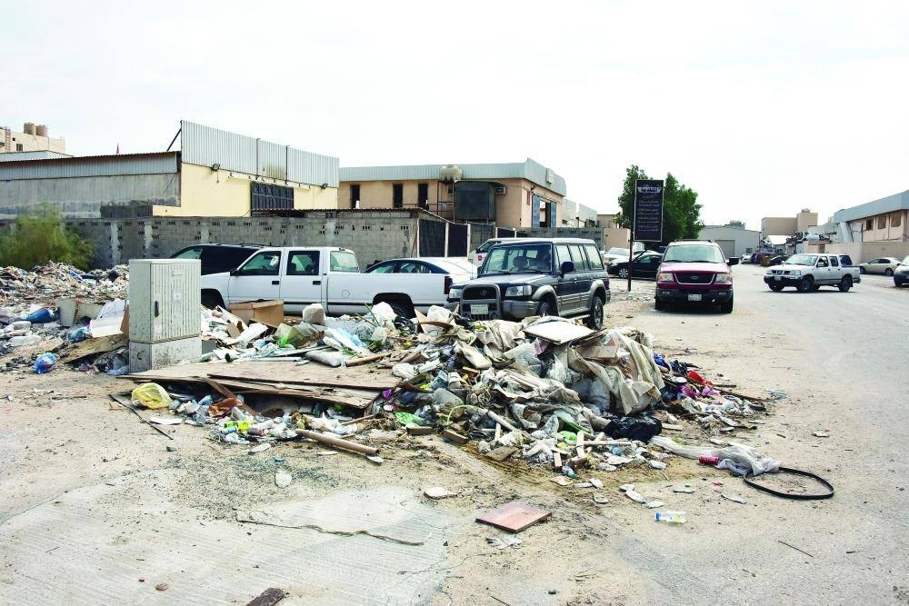 Residents in nearby neighborhoods ask the authorities to impose hefty fines on people who dump garbage in their vicinity.