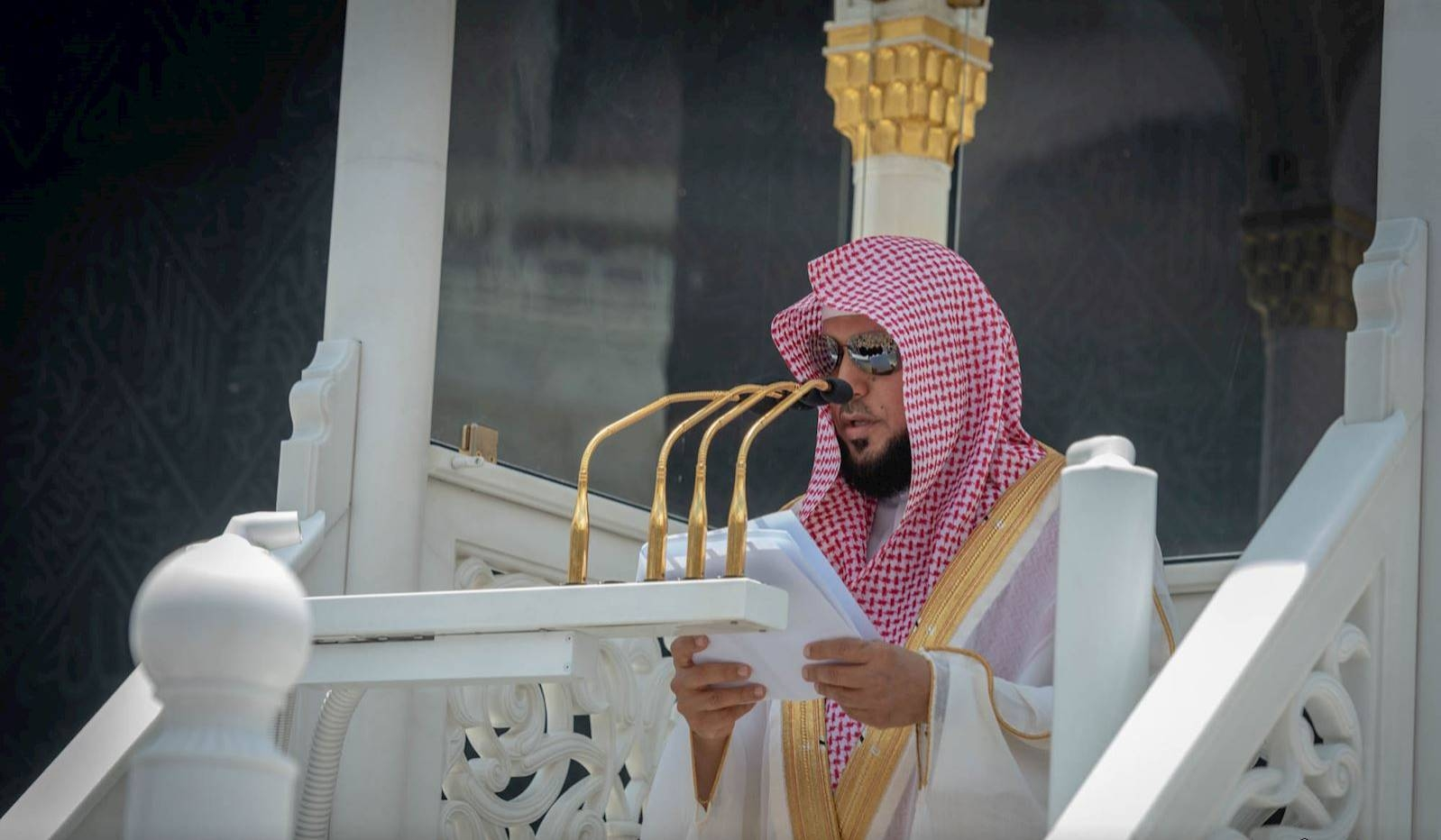 Sheikh Maher Al-Moiqali, imam and khateeb of the Grand Mosque, delivering Friday sermon in Makkah. — SPA