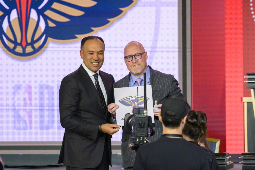 Pelicans win lottery, chance to draft Williamson - Saudi Gazette