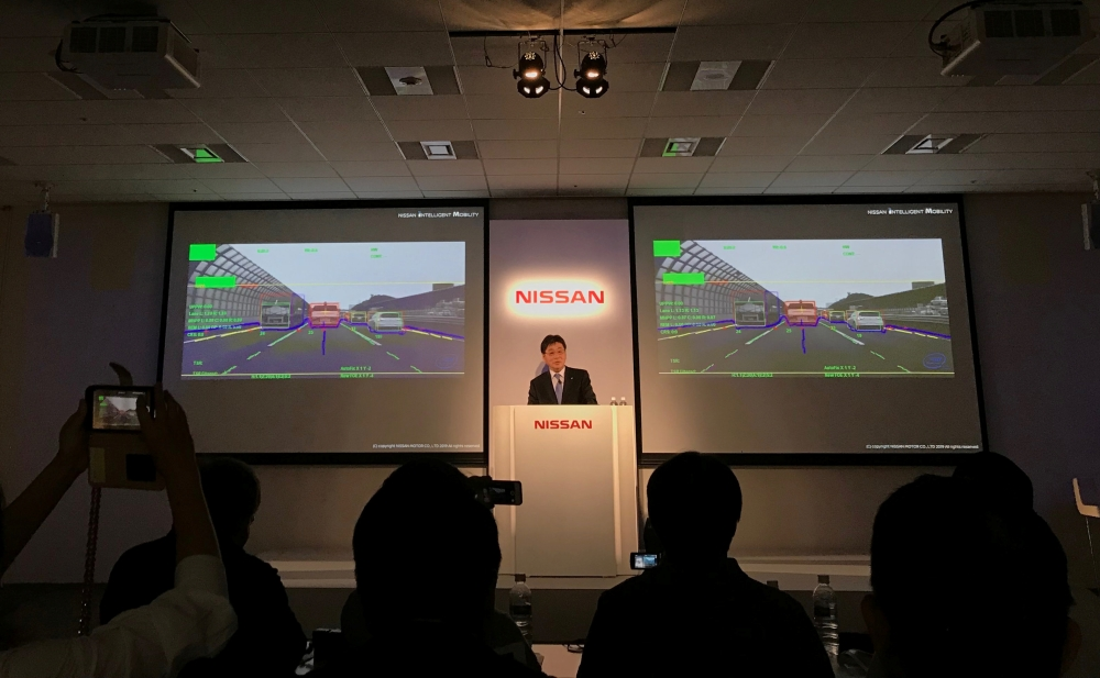 Tetsuya Iijima, general manager of advanced technology development for automated driving at Nissan Motor Co, gives a presentation about its latest self-driving technology in Yokohama, Japan, May 16, 2019. REUTERS/Naomi Tajitsu