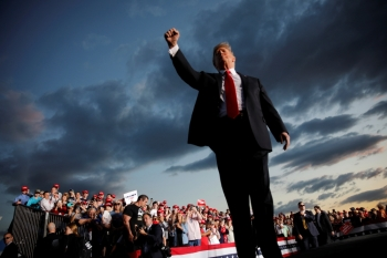 US President Donald Trump reacts as he addresses a Trump 2020 re-election campaign rally in Montoursville, Pennsylvania, U.S. May 20. - Reuters