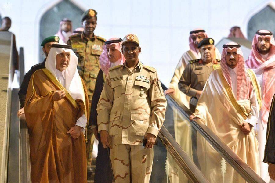 Crown Prince Muhammad Bin Salman holds talks with deputy head of Sudan's Transitional Military Council Gen. Mohamed Hamdan Dagalo in Jeddah on Thursday. —SPA