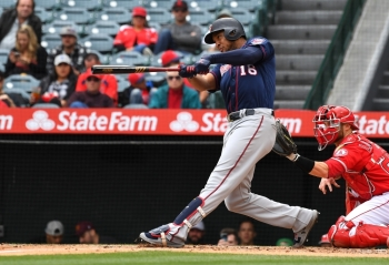 Jonathan Schoop No. 16 of the Minnesota Twins hits a three run home run in the second inning of the game off of starting pitcher Matt Harvey No. 33 of the Los Angeles Angels of Anaheim at Angel Stadium of Anaheim on Thursday in Anaheim, California. — AFP